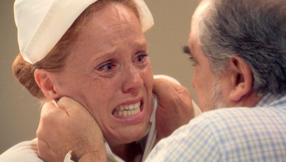 """Ana deja morir a Salvador: """"Tiene lo que se merece"""""""