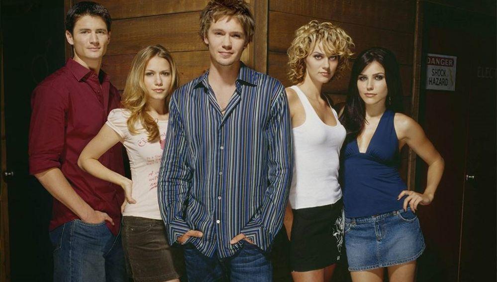El reparto original de 'One Tree Hill' hace 15 años