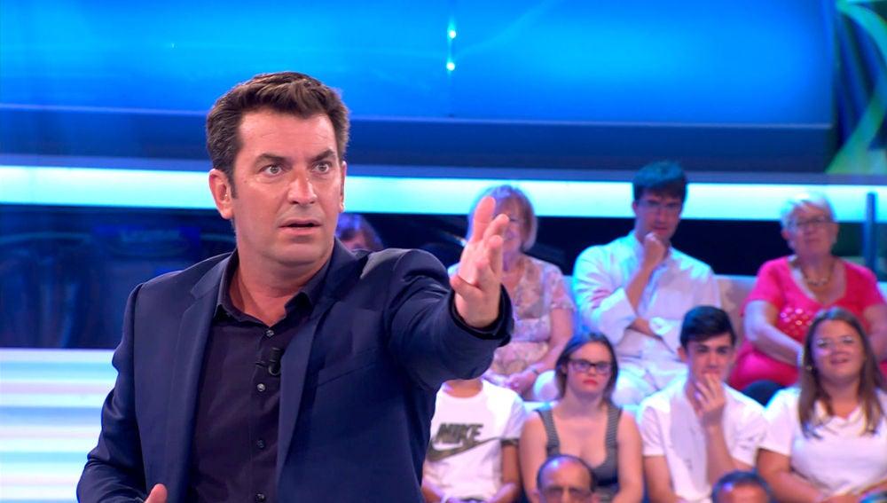Arturo Valls ve doble en '¡Ahora Caigo!'