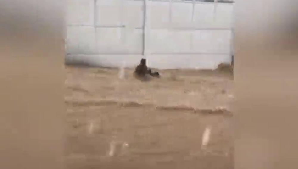 Mueren dos niñas por las intensas lluvias en el norte de Venezuela