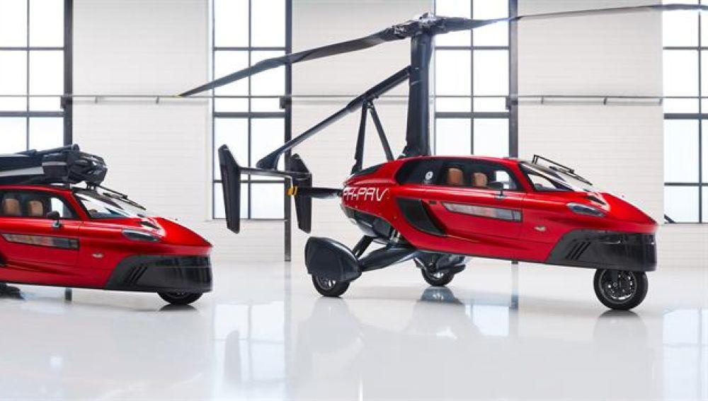 El vehículo Pal-V Liberty, un híbrido entre coche y autogiro que empezará a circular en 2020
