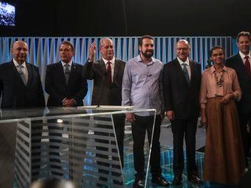 Los candidatos presidenciales en Brasil durante el debate en televisión