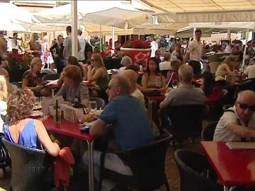 El alcalde de Málaga propone más educación para reducir el nivel de ruido