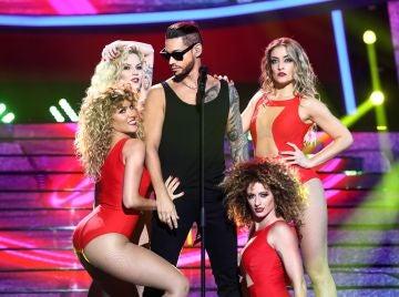 Carlos Baute nos entrega su 'Corazón' cargado de sensualidad como Maluma