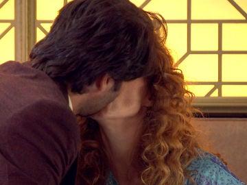 Natalia estropea su cita con Gabriel por un beso