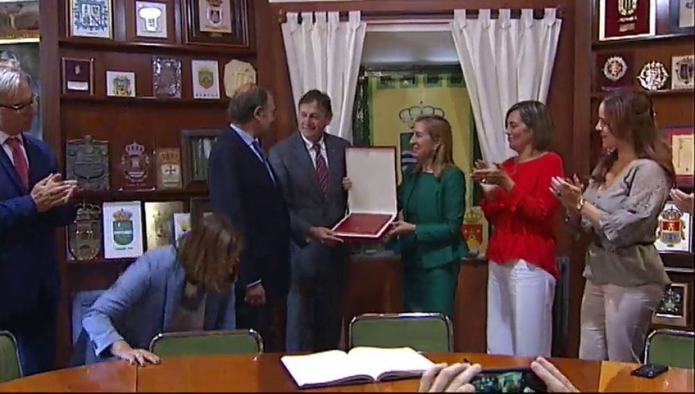 Homenaje a la Constitución en el pueblo más antiguo de España