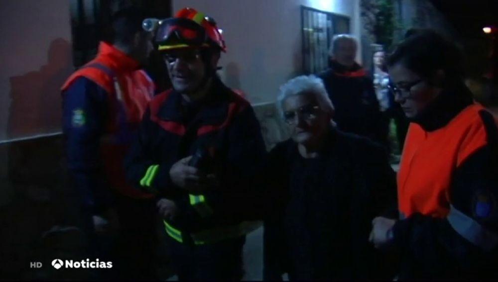 El Gobierno envía medios aéreos y humanos para la extinción de los incendios de Mondariz y Pedrafita
