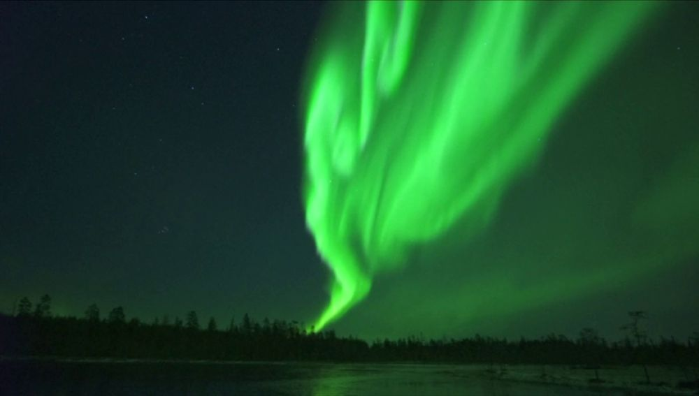 Las auroras boreales que cambian de forma y color en Finlandia