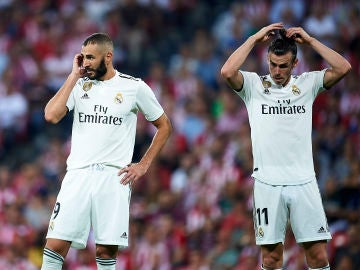 Benzema y Bale, durante un partido con el Real Madrid