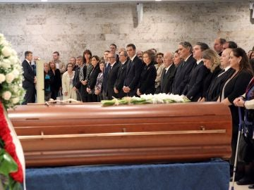 La reina Sofía, el presidente del Gobierno, Pedro Sánchez y el presidente de la Generalitat, Quim Torra