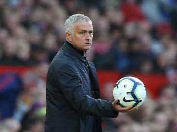 José Mourinho, en el partido ante e Newcastle en Old Trafford