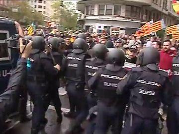 Jornada de tensión en Valencia por varias manifestaciones de ideologías opuestas