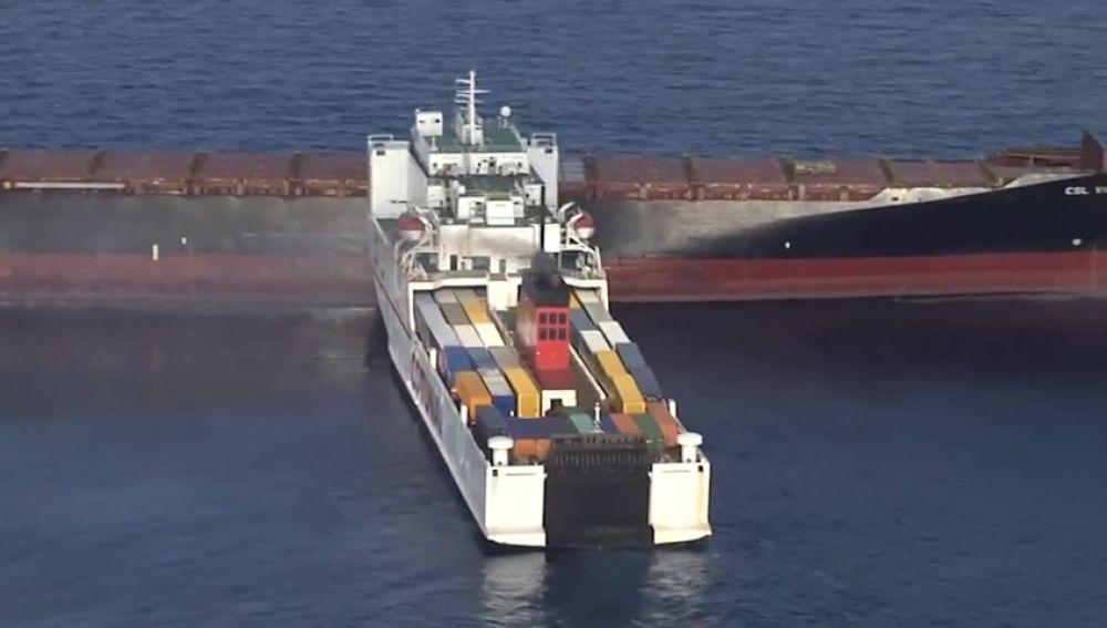 Una colisión entre dos barcos mercantes provoca un derrame de combustible frente a las costas de Córcega