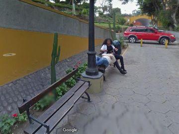 Una mujer 'pillada' en Google maps poniendo los cuernos a su esposo