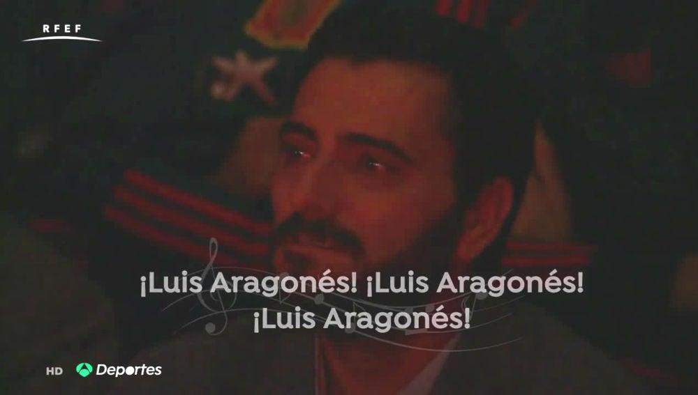 Dani Güiza, emocionado durante el homenaje a Luis Aragonés