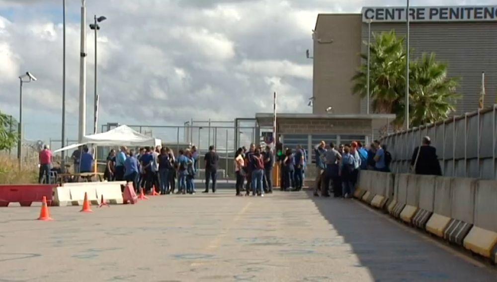 """Los sindicatos de prisiones proponen una huelga """"histórica"""" de seis días"""