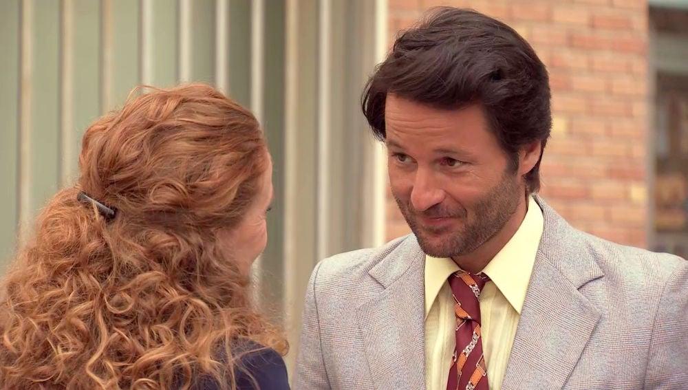 Gabriel descubre emocionado que Natalia es la confidente de su hija Mónica