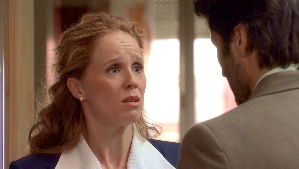 """Natalia le confiesa a Gabriel las amenazas de su madre: """"Me ha pedido que me aleje de ti"""""""