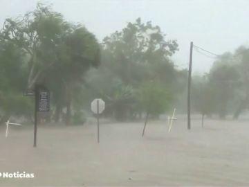 """El huracán Michael toca tierra en la costa de Florida con vientos """"catastróficos"""" y una marejada ciclónica """"mortal"""""""
