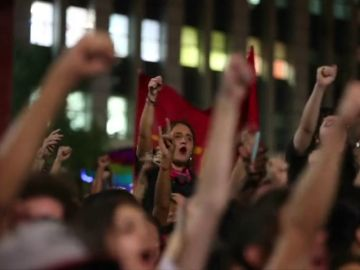 La derecha brasileña lidera el primer sondeo para segunda vuelta en Brasil