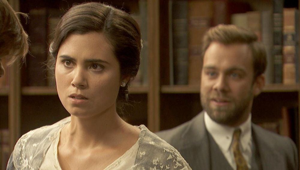 María llega a Puente Viejo dejando en ridículo a Gonzalo