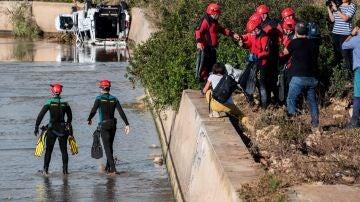 Tareas de rescate de los buzos en Mallorca