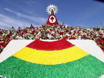 Fiestas del Pilar 2019: Ofrenda a la virgen del Pilar con la bandera de Bolivia, país invitado