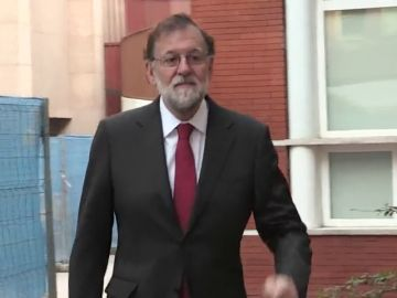 Rajoy empieza a trabajar en el Registro Mercantil de Madrid