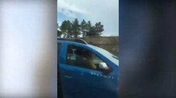 Dos investigados por mantener relaciones sexuales al volante mientras circulaban por la AP-6