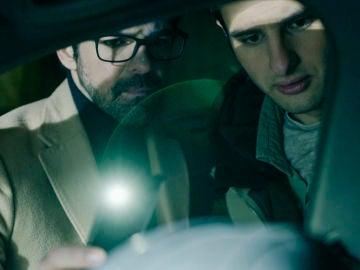 Jon y Javi encuentran sangre en el coche oculto de Begoña