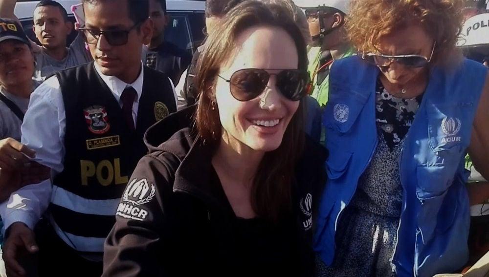 Angelina Jolie en Tumbes (Perú)