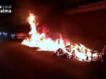 Un agente de la Policía Local, herido tras intervenir en un incendio en Palma