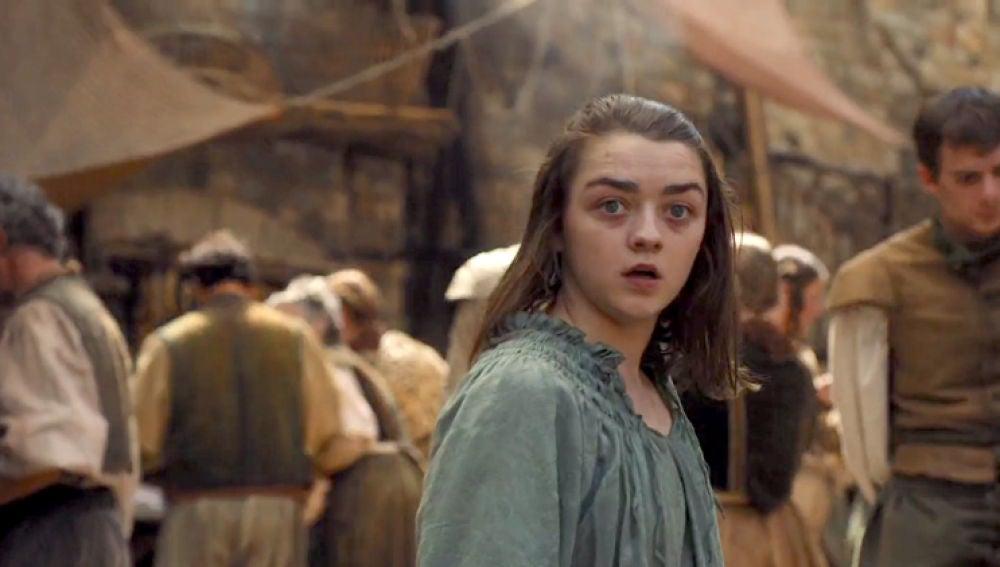 Arya también está sorprendida con el tuit