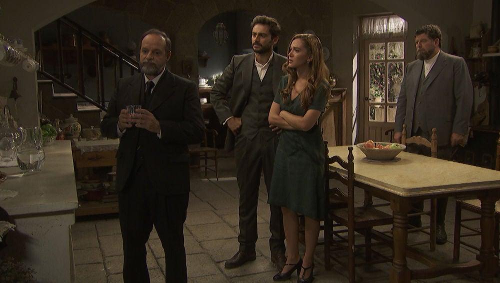"""Julieta a Raimundo: """"Habla de una vez y dinos por qué querías que nos fuéramos de La Casona"""""""