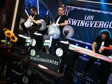 Los swingvergüenzas tocan un temazo con sus peculiares instrumentos en 'El Hormiguero 3.0'