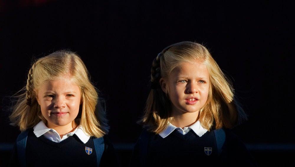 La princesa Leonor y su hermana acuden al colegio