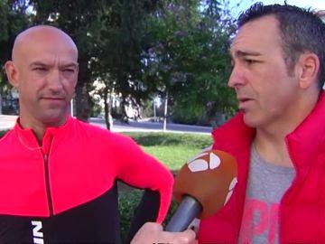 """Los ciclistas agredidos por un camionero cuentan lo sucedido: """"Ya salió con todas las ganas de agredir"""""""