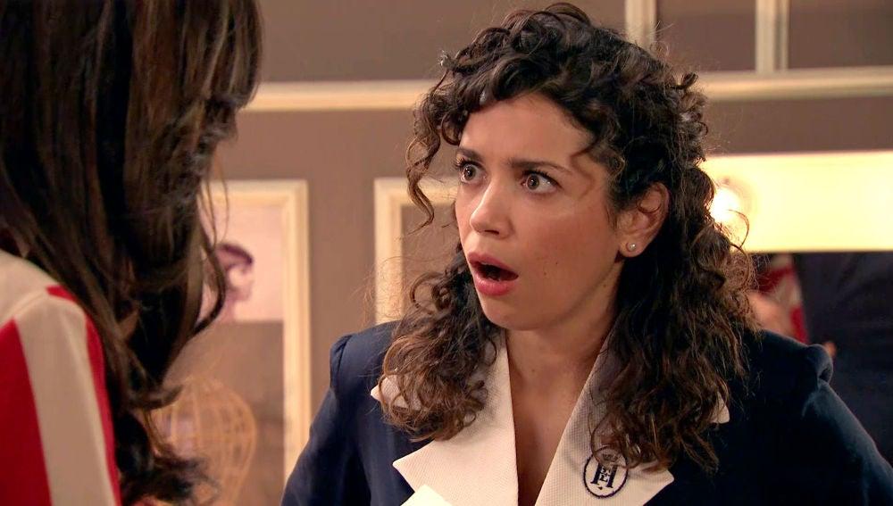 Amelia y María evitan que Luisita haga el ridículo