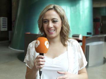 """María Villalón: """"Es muy difícil cantar por Antonio Molina"""""""