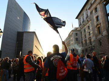 Miles de taxistas se manifiestan en Madrid