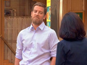 Marcelino, temeroso de que Silvia monte una casa de citas en la Plaza de los Frutos