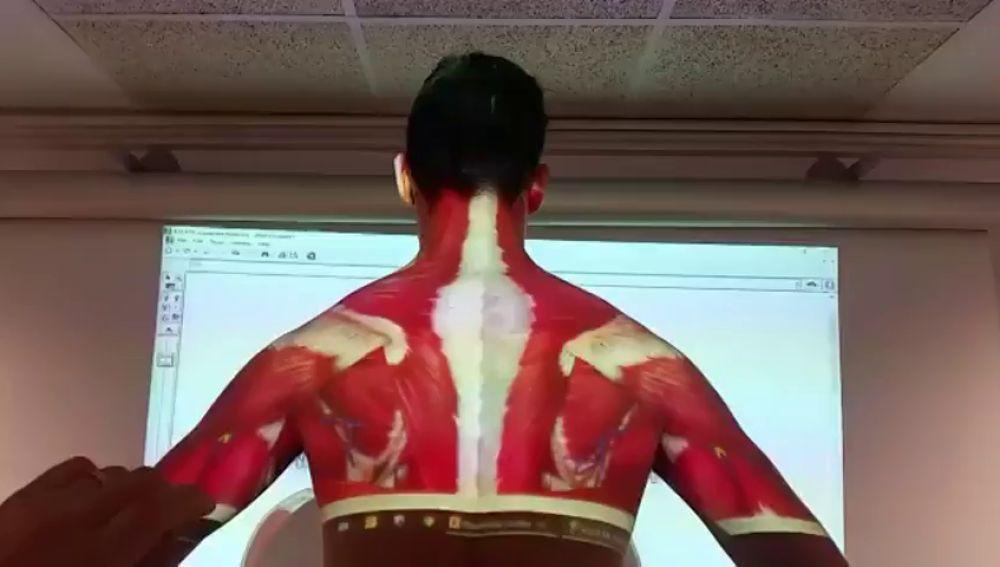 Un profesor da una lección viral de anatomía a sus alumnos de la Universidad de Lleida