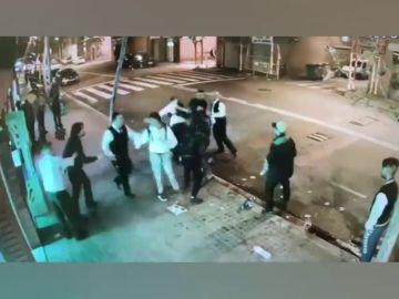 Los Mossos investigan la pelea ocurrida a las puertas de un restaurante en Barcelona