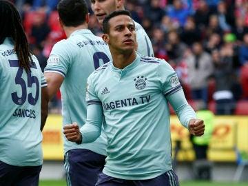 Thiago celebra un gol