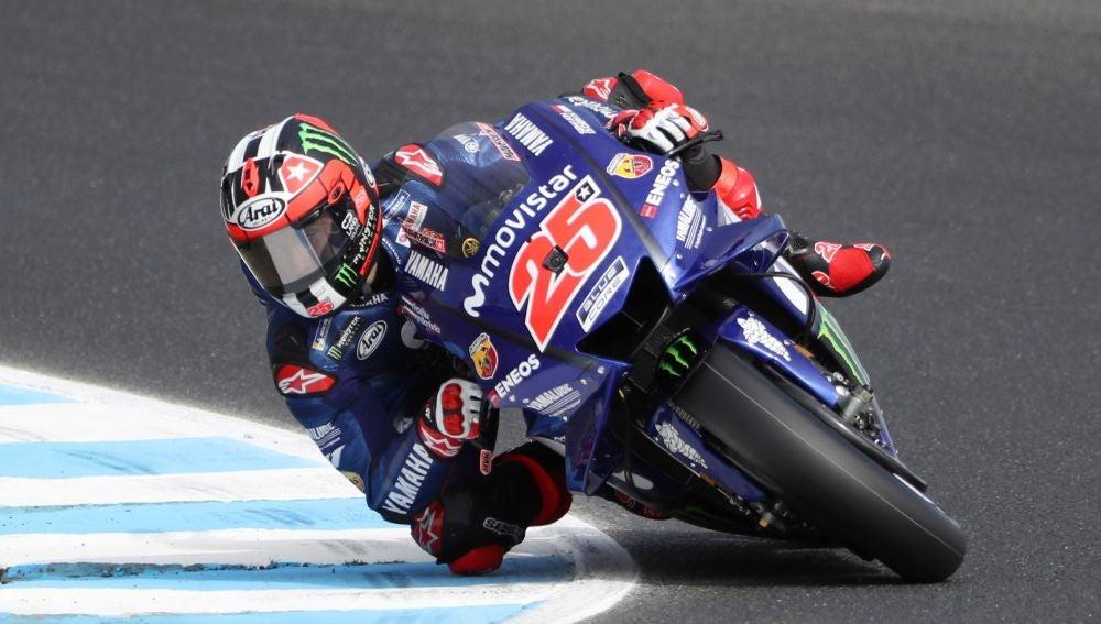 Maverick Viñales rueda con su Yamaha en Phillip Island