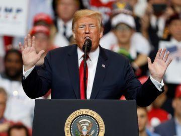 Donald Trump en un acto electoral en Missouri