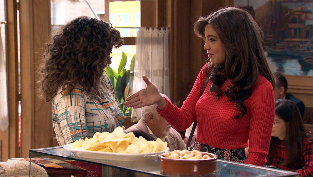 María no está dispuesta a aceptar ningún chantaje y decide continuar con el espectáculo de Amelia