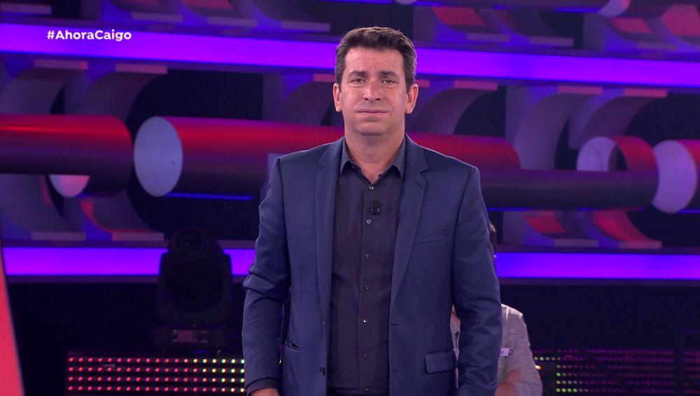 """Arturo Valls, desesperado con un concursante: """"¿Qué quieres hacer con el dinero además de ir a un psicólogo?"""""""