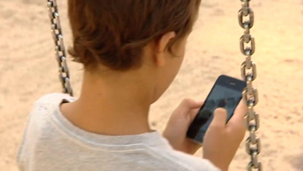 Los móviles, nunca antes de los 12 años
