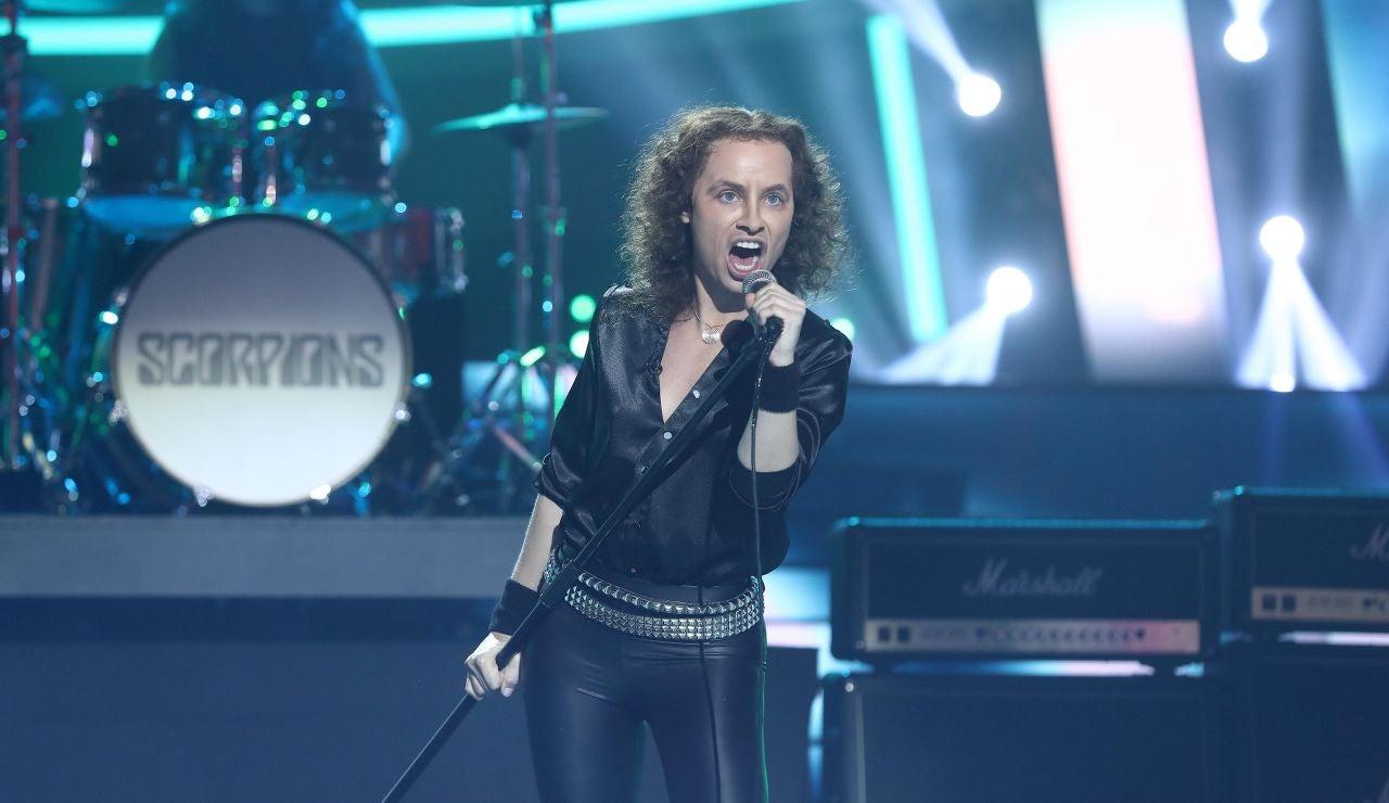 Soraya saca su lado más rockero como Scorpions